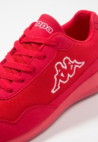 Kappa - FOLLOW - Zapatillas de entrenamiento - red/white - 5