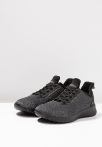 Kappa - IRONIC - Sportovní boty - black - 2