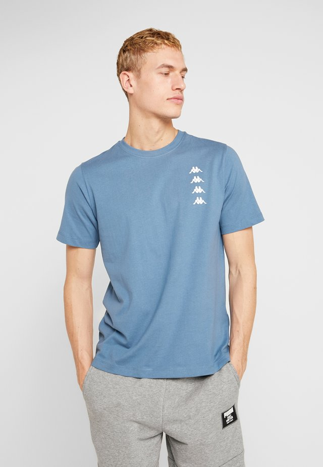 GEWORG - Print T-shirt - stellar