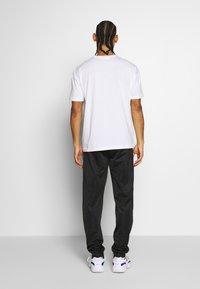 Kappa - VEER - Basic T-shirt - bright - 2