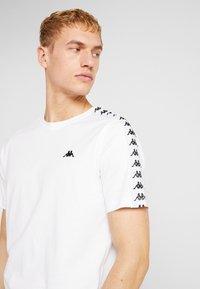 Kappa - GRENNER - T-shirt print - bright white - 3