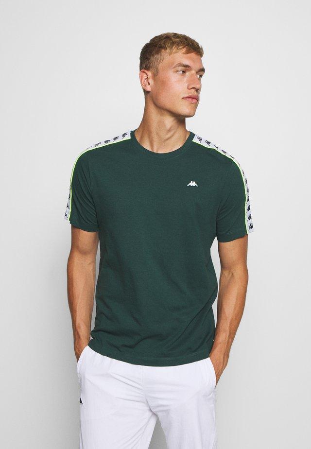 HANNO TEE - T-shirt print - ponderosa pine