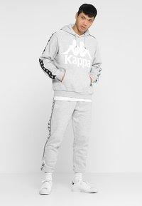 Kappa - EIKE - Tracksuit bottoms - grey melange - 1
