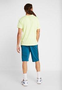 Kappa - FABRIZIUS - Sports shorts - blue coral - 2
