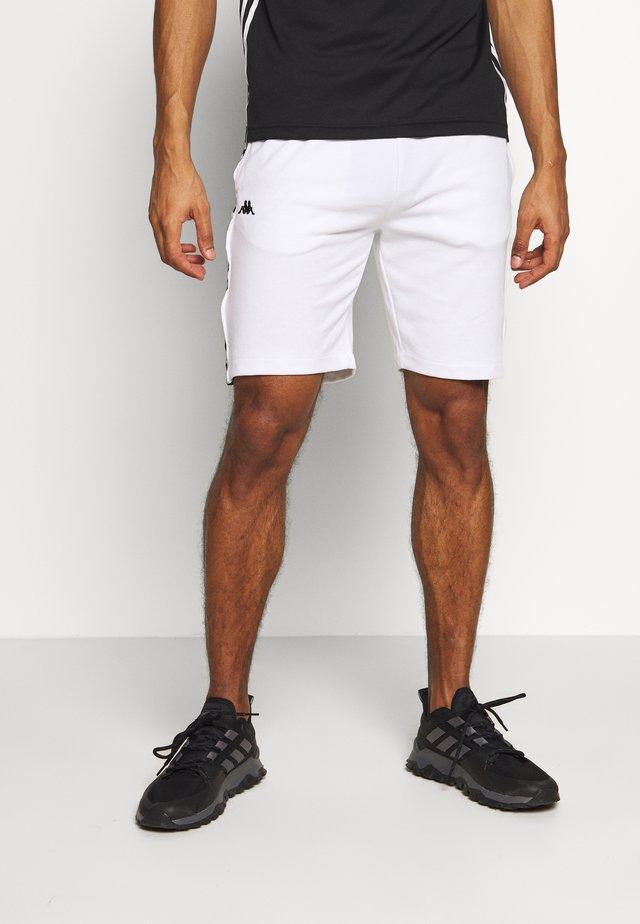 GAWINJO - Träningsshorts - bright white