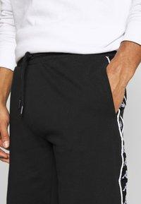 Kappa - GAWINJO - Pantaloncini sportivi - caviar - 5