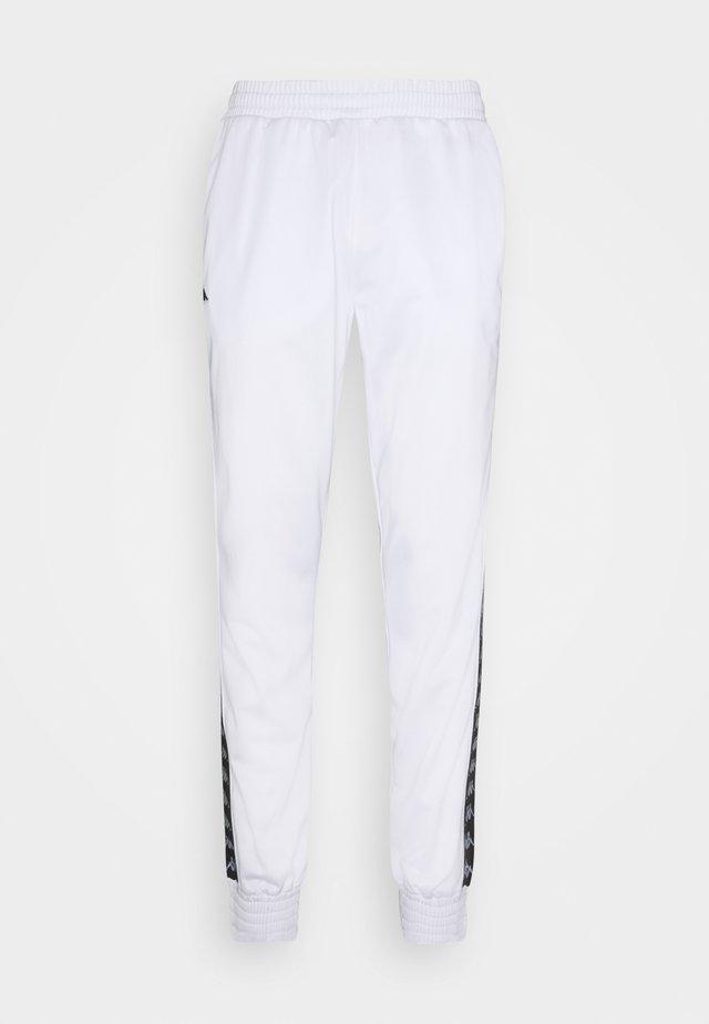 HELGE PANT - Trainingsbroek - bright white