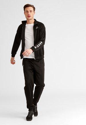 TILL - Dres - black