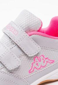 Kappa - KICKOFF  - Scarpe da fitness - silver/pink - 5