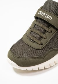 Kappa - FOLLOW - Sports shoes - army/offwhite - 2