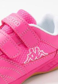 Kappa - KICKOFF OC - Scarpe da fitness - pink/white - 5