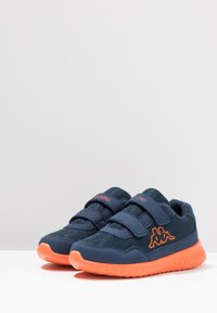 Kappa - CRACKER II - Scarpe da fitness - navy/orange