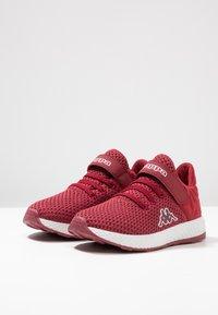 Kappa - HECTOR - Scarpe da fitness - dark red/white - 3