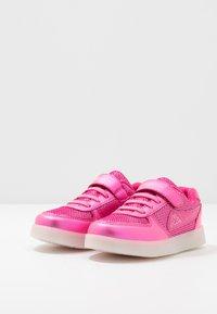 Kappa - FORA - Sportschoenen - pink/silver - 2