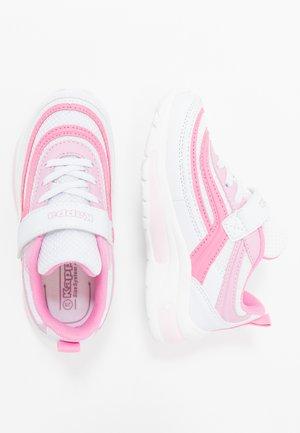 SQUINCE  - Chaussures d'entraînement et de fitness - white/rosé