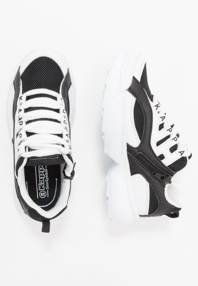 OVERTON  - Sports shoes - white/black