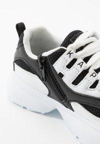 Kappa - OVERTON  - Zapatillas de entrenamiento - white/black - 2