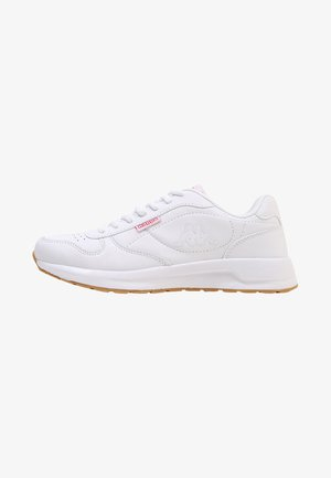 BASE II - Walking trainers - white