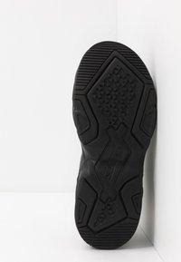 Kappa - BOIZ - Neutrální běžecké boty - black - 4