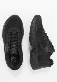 Kappa - BOIZ - Neutrální běžecké boty - black - 1
