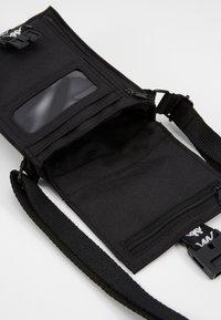 Kappa - HUBUS - Across body bag - caviar - 3