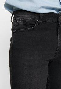 11 DEGREES - ESSENTIAL SUPER STRETCH DISTRESSED - Skinny džíny - washed black - 4