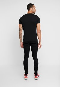 11 DEGREES - ESSENTIAL DISTRESSED - Jeans Skinny Fit - jet black - 2