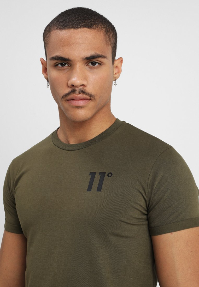 11 Degrees Core Muscle Fit - T-shirt Med Print Khaki