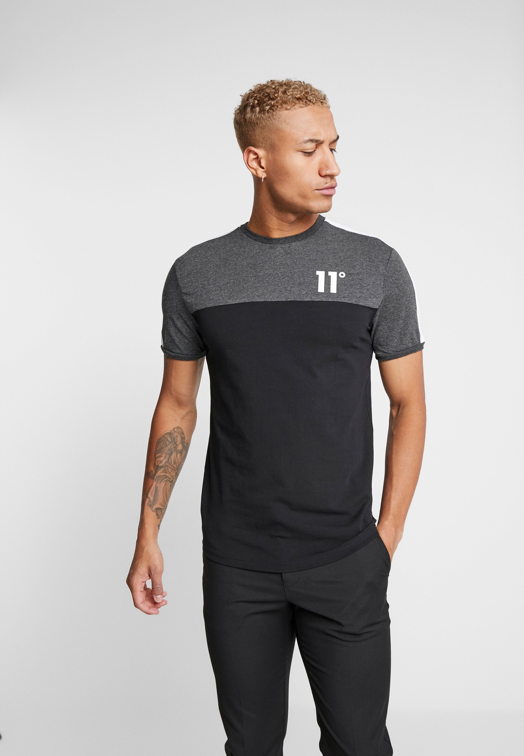 11 DEGREES PANEL BLOCK - T-shirt z nadrukiem - black/anthracite marl/white