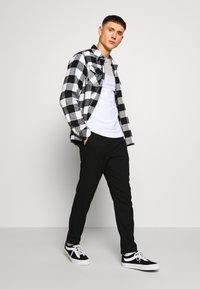 11 DEGREES - PANEL BLOCK - T-shirt print - white, light grey marl & evening haze lilac - 1