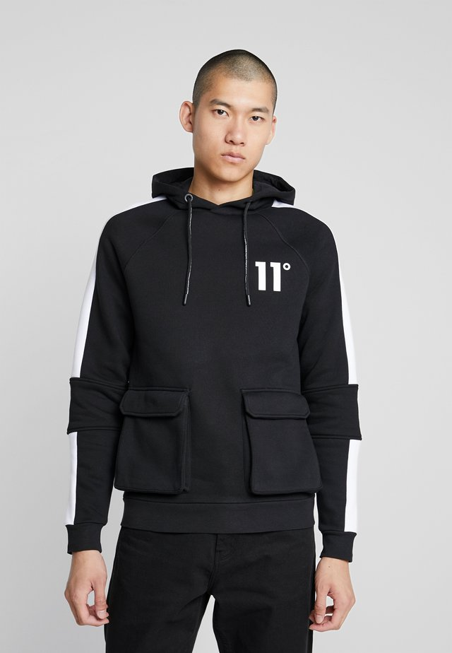 HOODIE WITH UTILITY POCKETS - Kapuzenpullover - black
