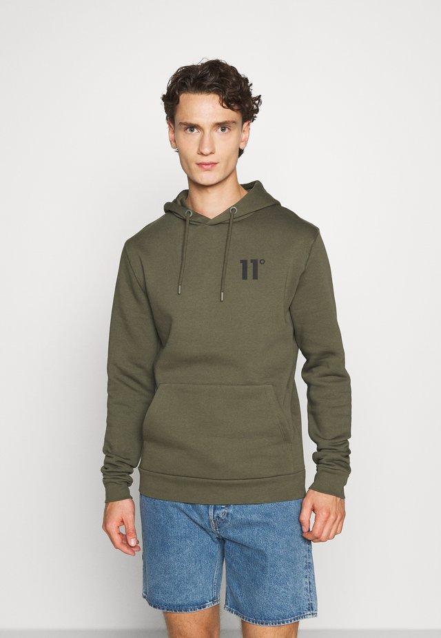 CORE HOODIE - Bluza z kapturem - khaki