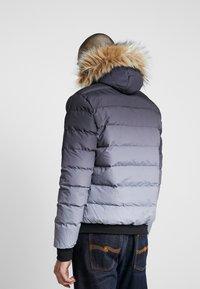 11 DEGREES - MISSLE - Lehká bunda - black/grey - 2
