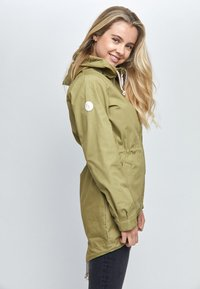Mazine - LIBRARY LIGHT - Parka - light olive - 2