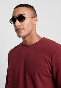 Carrera - Sluneční brýle - brown - 1
