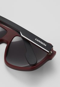 Carrera - Solbriller - black/dark red - 3