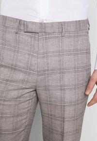1904 - JASPE CHECK TROUSER SKINNY - Pantaloni eleganti - mid grey - 5