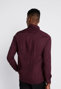 1904 - BRODIE SHIRT BURG SLIM FIT - Formal shirt - red - 2
