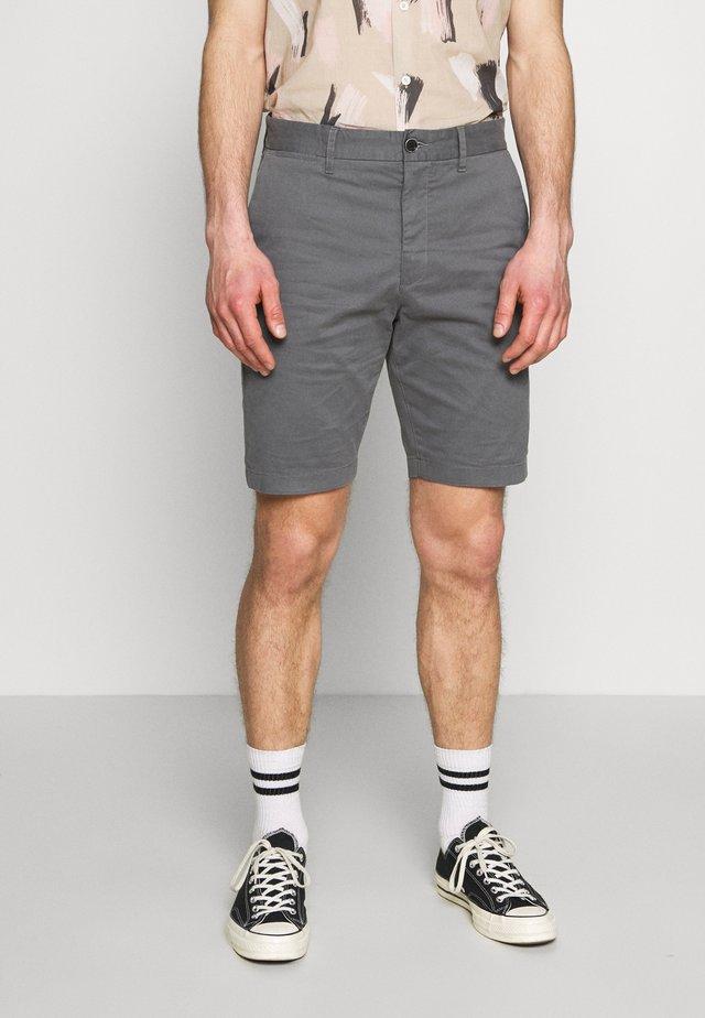 HAMPTON CHINO - Shorts - mid grey