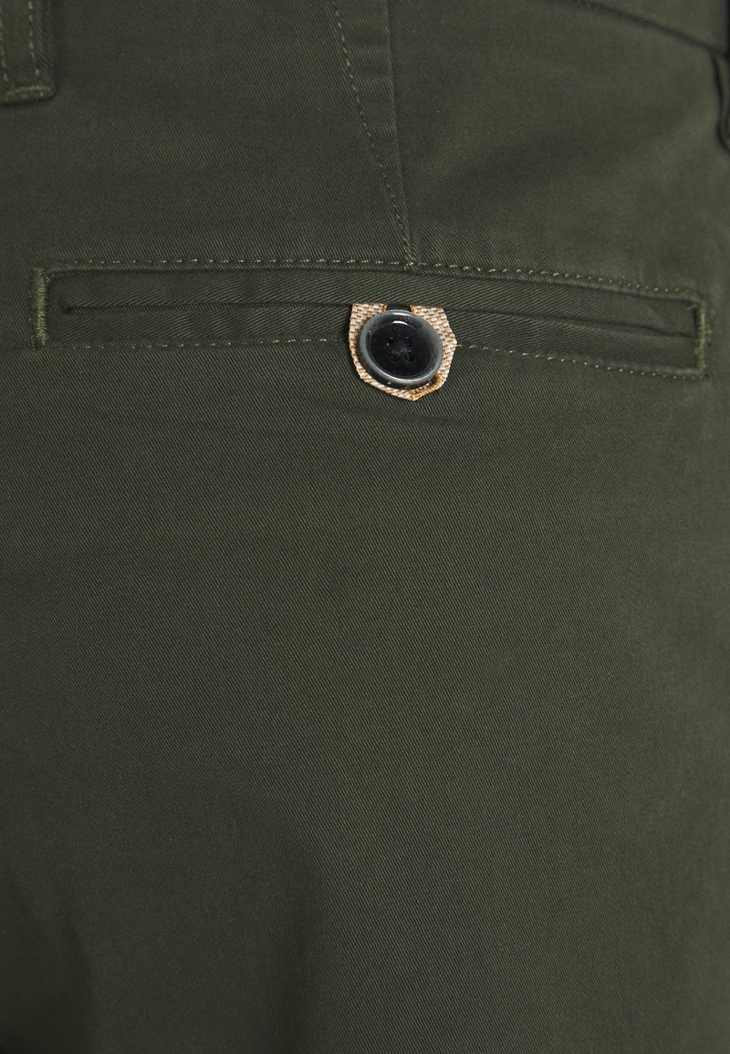 1904 HAMPTON CHINO - Shorts - khaki