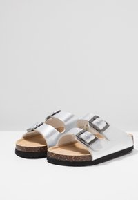Color Kids - NILAUS - Trekkingsandaler - dark silver - 3