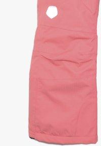 Color Kids - SANGLO PADDED SKI PANTS - Snow pants - sugar coral - 3