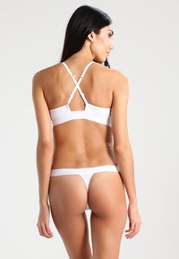 DKNY Intimates - CLASSIC TAILORED THONG - G-strenge - poplin whithe - 2
