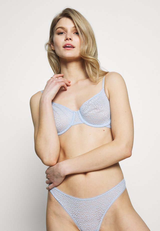 MODERN UNLINED DEMI BRA - Underwired bra - sky