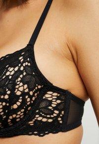 DKNY Intimates - CLASSIC UNLINED DEMI BRA - Reggiseno con ferretto - black - 4