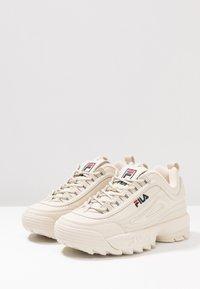 Fila - DISRUPTOR - Sneakers basse - antique white - 6