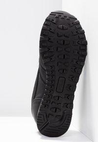 Fila - ORBIT ZEPPA - Sneakersy niskie - black - 6
