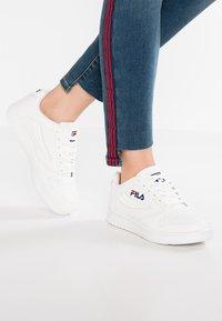 Fila - FX100 - Sneakersy niskie - white - 0