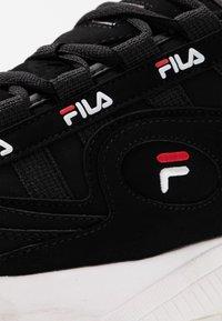 Fila - FORMATION - Tenisky - black/white/red - 2