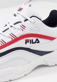 Fila - RAY - Trainers - white/navy/red - 2